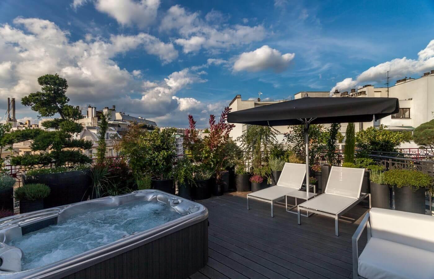 Grand Hotel Félicien Paris   Suit